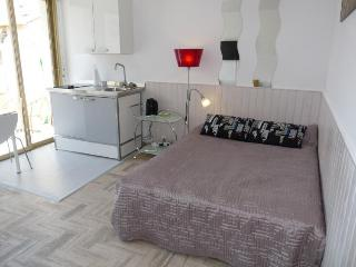 Cannes Maubourg Studio with a Balcony - Cannes vacation rentals