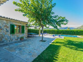 Villa Agusti: country house with private pool - Pollenca vacation rentals