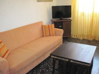 Apartment in Levanto's old centre - Levanto vacation rentals