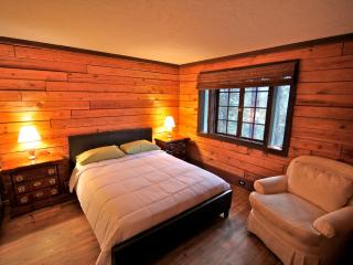Lake Forest Log Cabin - classic log cabin - Lake Arrowhead vacation rentals