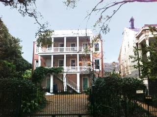 Large groups welcomed,,3 or 6 bedrooms total,,, - New Orleans vacation rentals