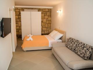 Perfect studio in Lapad - sea view1 - Dubrovnik vacation rentals