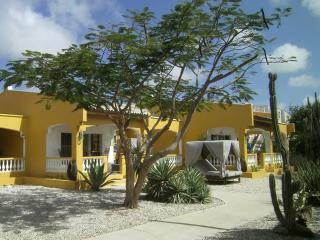 Treasure By The Sea Bonaire KAS DI AMOR 1 - Kralendijk vacation rentals