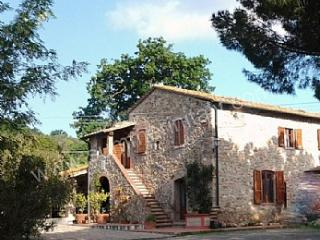 Nice 3 bedroom House in Suvereto with Washing Machine - Suvereto vacation rentals