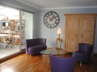 Carnot Chic, Amazing Flat with a Hot Tub and Great Views from Balcony - Cannes vacation rentals