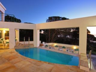 Beautiful Villa with Dishwasher and Freezer in Camps Bay - Camps Bay vacation rentals