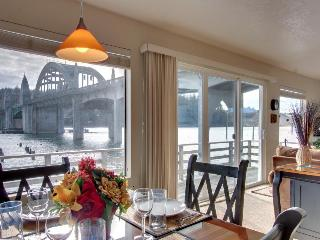 The RiverFront - Oregon Coast vacation rentals
