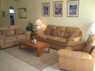 4 Bedroom 3 Bath Home With Private Pool And Spa Overlooking Lake - Orlando vacation rentals