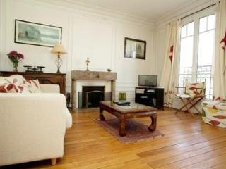 Beautiful Family Apartment Near La Nation - Paris vacation rentals