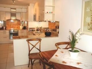 Isola Two Bed (JH) - Cannes vacation rentals