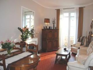 Marius 2 Bedroom Apartment with a Terrace, in Cannes - Cannes vacation rentals