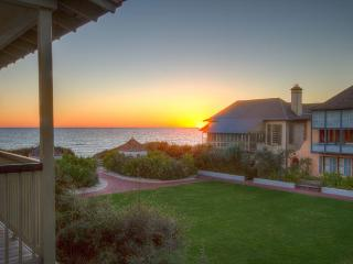 Burgin's Cottage - Gulf Views over Western Green in Rosemary Beach, FL - Rosemary Beach vacation rentals