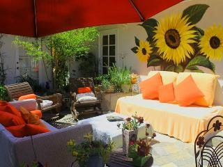 beautiful ,happy ,comfortable , central - Encino vacation rentals