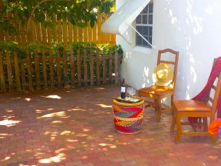 Private Tropical Cottage by the Grove - Coconut Grove vacation rentals