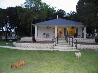 2 bedroom House with Internet Access in Harker Heights - Harker Heights vacation rentals