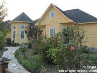 Charming Country Getaway - Book Now for SXSW! - Gonzales vacation rentals