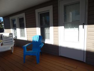 Cherry Grove Cottage- Steps to Cherry Grove Beach - North Myrtle Beach vacation rentals