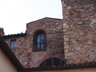 BEAUTIFUL PENTHOUSE CHIANTI - San Vincenzo vacation rentals
