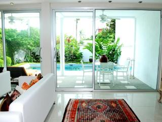3 BR - Luxury private pool villa in Naiharn - Sao Hai vacation rentals
