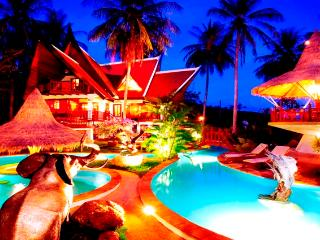 7 BR - In The Nature Romantic Thai-Style Resort - Sao Hai vacation rentals