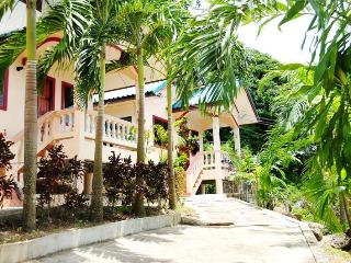 1 BR - Bungalows close to Naiharn beach - Sao Hai vacation rentals