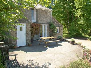 Pippin Cottage, Lantallack Getaway - Stunning View - Saltash vacation rentals