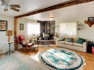 Lakefront, pet-friendly cozy studio cabin - Post Falls vacation rentals