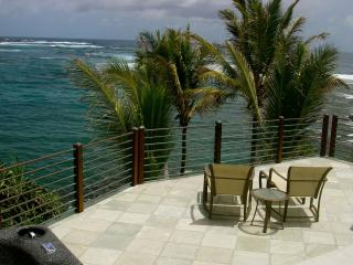 Kapoho Bay OCEANFRONT Home. Bikes; Kayaks; WiFi - Pahoa vacation rentals