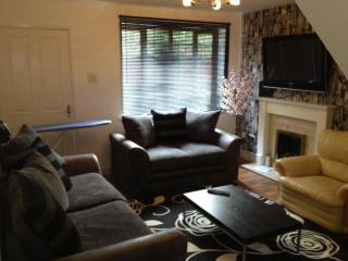 Burncross House Wolverhampton  UK - Sleeps 5 - West Midlands vacation rentals