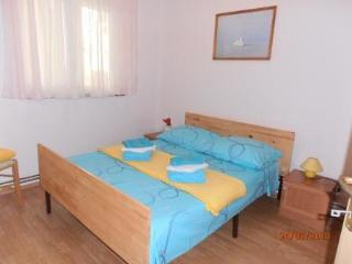 Beautiful comfortable 2 bedrooms apartment near th - Vodice vacation rentals