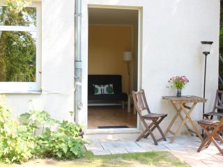 holiday-flat, cosy, placed in natural garden - Saxony vacation rentals