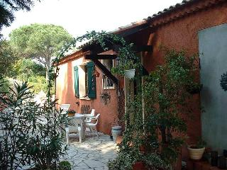 Villa with Balcony and Pool, in Sainte Maxime, on France's Cote d'Azur - Boulouris vacation rentals