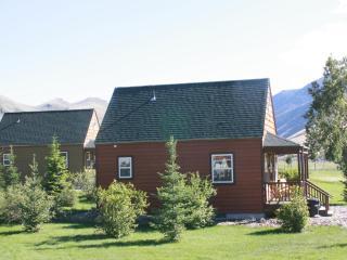 Victorian Home, Cabins, Salmon River of Idaho - Salmon vacation rentals