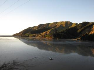 Romantic coastal accommodation, Cable Bay, Nelson - Cable Bay vacation rentals