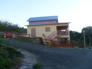 Beautiful Single House Close to Magnificent Beach - Port-Louis vacation rentals