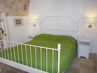 Nice 8 bedroom Bed and Breakfast in Putignano - Putignano vacation rentals