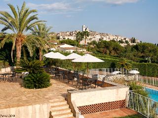 Luxury Villa with Fantastic Views in Saint Paul de Vence - Saint-Paul-de-Vence vacation rentals