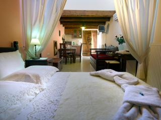 Traditional Apartment in Heraklion - Heraklion vacation rentals