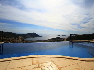 4 Bedroom Seaview Villa in Kalkan (FREE CAR OR TRANSFER) - Antalya Province vacation rentals