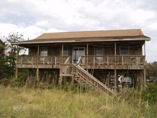 4 bedroom House with Internet Access in Hatteras - Hatteras vacation rentals