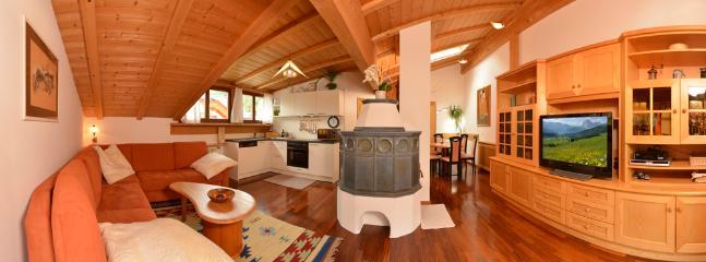 "Apartments Rezia Ortisei center ""Attico"" - Ortisei vacation rentals"