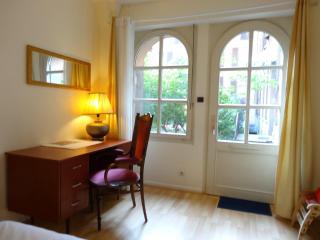 Beautiful 2 bedroom Vacation Rental in Colmar - Colmar vacation rentals