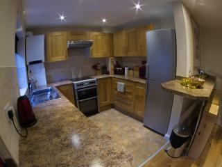 The Ruby Suite, Luxury Apartment Birmingham UK - West Midlands vacation rentals