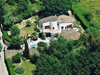 Unique B&B villa in town of Vence, tranquil / priv - Vence vacation rentals
