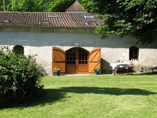 Beautiful Cottage with Pool Brantome, Dordogne, - St Front la Riviere vacation rentals