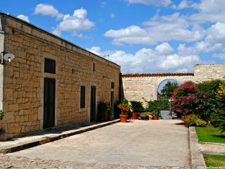 Villa Rassabia nature and relax in Modica - Donnalucata vacation rentals