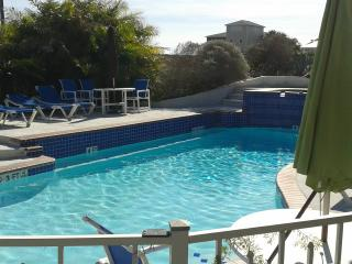 30 days and more  (Long Term ONLY Old Town) Quain - Port Aransas vacation rentals