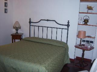 Vacation Rental with 2 Bedrooms in the Heart of Siena - Siena vacation rentals