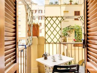 Stay Cool ** Cocoon Groups (ROME) - Lazio vacation rentals