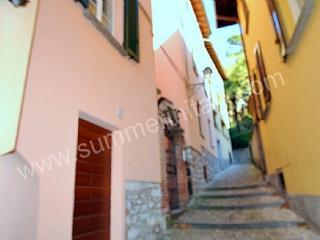 Romantic 1 bedroom Bellagio House with Internet Access - Bellagio vacation rentals